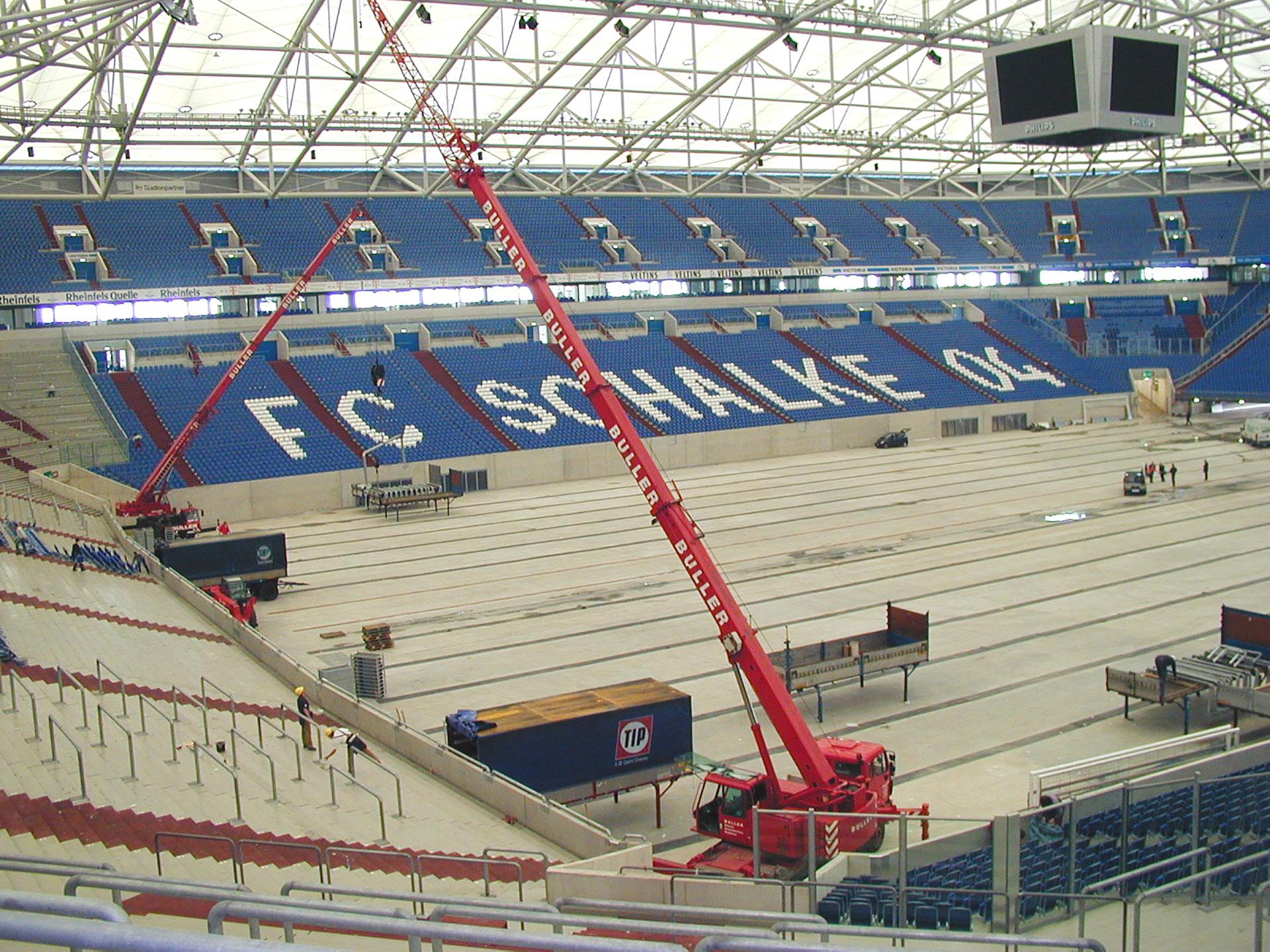 Buller_Kranvermietung_Stadion_Schalke